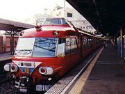 名鉄電車の車両の赤色「スカーレットレッド」
