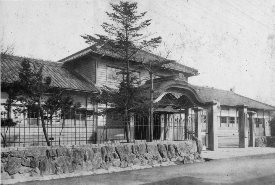 津島第一尋常小学校・校舎