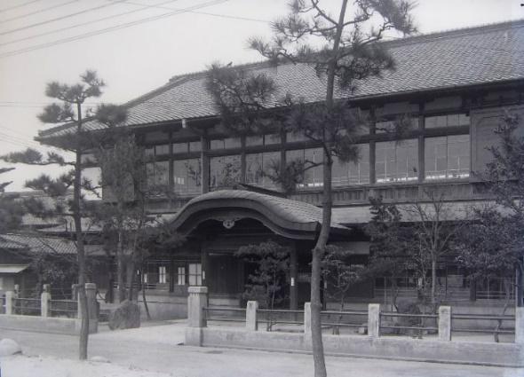 津島町公会堂 外観