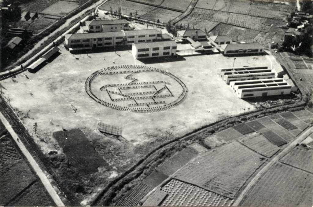 津島商工高等学校の航空写真