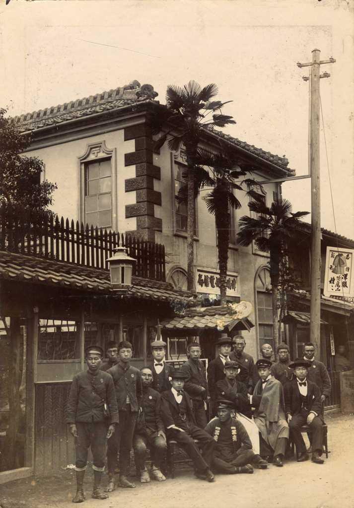 街中の風景 津島の郵便局