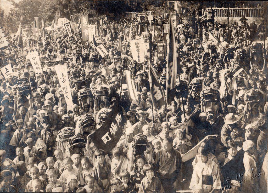 津島の風景 祭りの風景 子供獅子 子供獅子集結