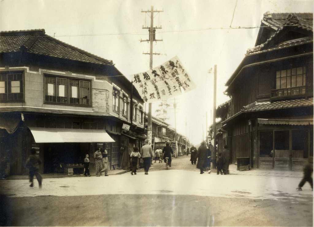 天王通りの風景 天王通り一丁目交差点 池須通りを北に望む