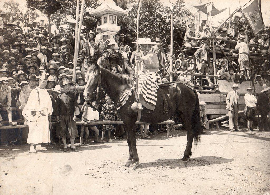 津島神社の祭礼 昭和初期 津島神社の流鏑馬祭 天王川公園