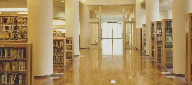 津島市立図書館